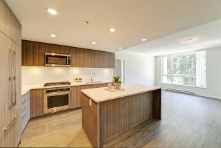 "Photo 2: 405 3096 WINDSOR Gate in Coquitlam: New Horizons Condo for sale in ""Mantyla by Polygon"" : MLS®# R2470868"