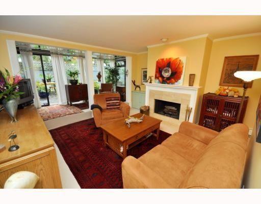 Main Photo: # 104 2125 YORK AV in Vancouver: Condo for sale : MLS®# V797055