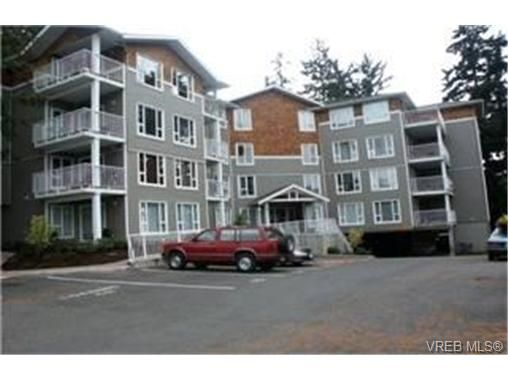 Main Photo:  in VICTORIA: La Langford Proper Condo for sale (Langford)  : MLS®# 447833