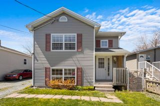 FEATURED LISTING: 13 Herbert Street Dartmouth