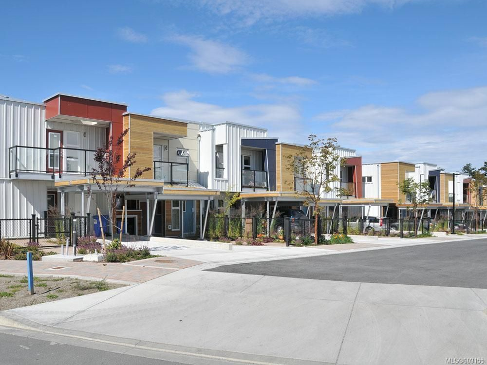 Main Photo: 9 785 Central Spur Rd in Victoria: VW Victoria West Row/Townhouse for sale (Victoria West)  : MLS®# 609155