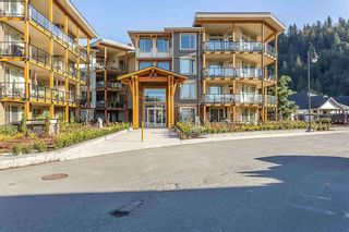 """Photo 1: 307 45746 KEITH WILSON ROAD Road in Sardis: Vedder S Watson-Promontory Condo for sale in """"ENGLEWOOD COURTYARD"""" : MLS®# R2564471"""