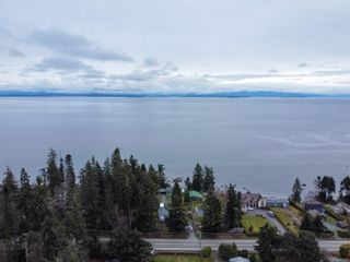 Photo 2: 4096 S Island Hwy in : CR Campbell River South House for sale (Campbell River)  : MLS®# 867092
