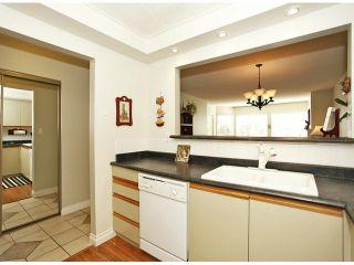 "Photo 11: 209 1280 FIR Street: White Rock Condo for sale in ""Oceana Villa"" (South Surrey White Rock)  : MLS®# F1406984"