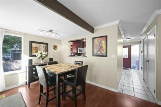 Photo 3: 4225 BIRCHWOOD Crescent in Burnaby: Greentree Village Townhouse for sale (Burnaby South)  : MLS®# R2501600