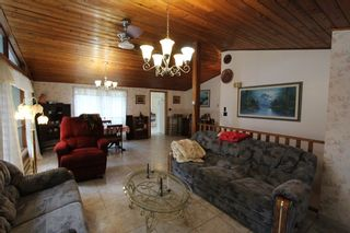 Photo 6: 7388 Estate Drive in Anglemont: North Shuswap House for sale (Shuswap)  : MLS®# 10204246