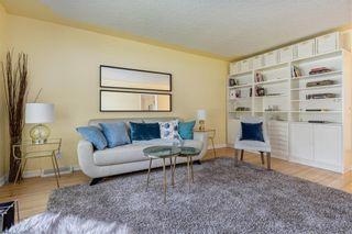 Photo 4: 920 39 Street SW in Calgary: Rosscarrock Detached for sale : MLS®# C4306220