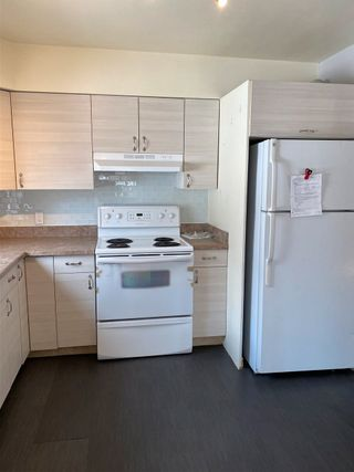Photo 5: 10939 116 Street in Edmonton: Zone 08 House for sale : MLS®# E4240518