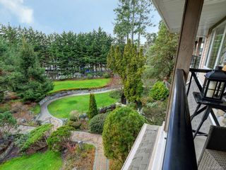 Photo 19: 206 2326 Harbour Rd in Sidney: Si Sidney North-East Condo for sale : MLS®# 841472