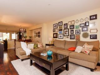 """Photo 10: 8 6651 203 Street in Langley: Willoughby Heights Townhouse for sale in """"Sunscape"""" : MLS®# F1446501"""
