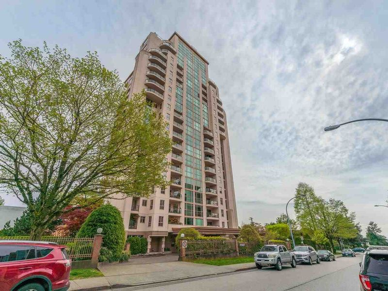 FEATURED LISTING: 802 - 612 FIFTH Avenue New Westminster