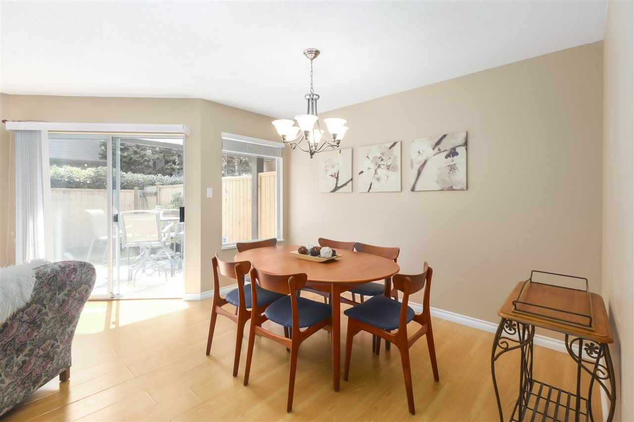 """Photo 9: Photos: 10 11500 NO. 1 Road in Richmond: Steveston South Townhouse for sale in """"MAGNOLIA COURT"""" : MLS®# R2493915"""
