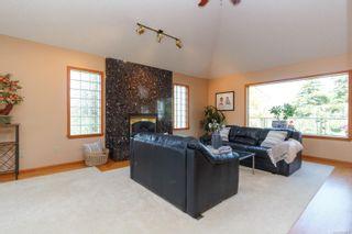Photo 6: 1785 Cedar Hill Cross Rd in : SE Mt Tolmie House for sale (Saanich East)  : MLS®# 858510