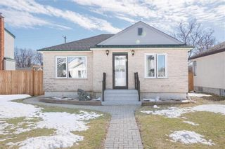 Photo 1: 120 St Anthony Avenue in Winnipeg: Scotia Heights Residential for sale (4D)  : MLS®# 202109054