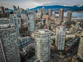 """Photo 20: 806 58 KEEFER Place in Vancouver: Downtown VW Condo for sale in """"Firenze"""" (Vancouver West)  : MLS®# R2552161"""