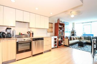 """Photo 6: 701 445 W 2ND Avenue in Vancouver: False Creek Condo for sale in """"MAYNARD'S BLOCK"""" (Vancouver West)  : MLS®# R2084964"""