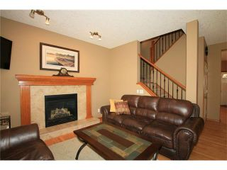 Photo 6: 18 WEST POINTE Manor: Cochrane House for sale : MLS®# C4072318