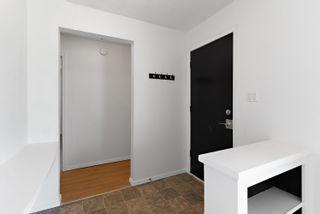 Photo 2: 6315 152 Avenue in Edmonton: Zone 02 House for sale : MLS®# E4246972