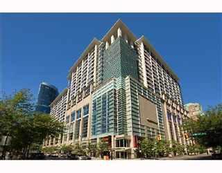 """Main Photo: 708 933 HORNBY Street in Vancouver: Downtown VW Condo for sale in """"ELECTRIC AVENUE"""" (Vancouver West)  : MLS®# V673453"""