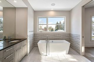 Photo 16: 3704 5 Avenue SW in Calgary: Spruce Cliff Detached for sale : MLS®# C4296636
