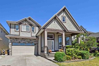 """Photo 1: 6351 167B Street in Surrey: Cloverdale BC House for sale in """"West Cloverdale"""" (Cloverdale)  : MLS®# R2475893"""