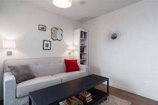 """Photo 8: 907 189 KEEFER Street in Vancouver: Downtown VE Condo for sale in """"Keefer Block"""" (Vancouver East)  : MLS®# R2439684"""