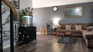 Photo 1: 813 MILLBOURNE Road E in Edmonton: Zone 29 House Half Duplex for sale : MLS®# E4252431