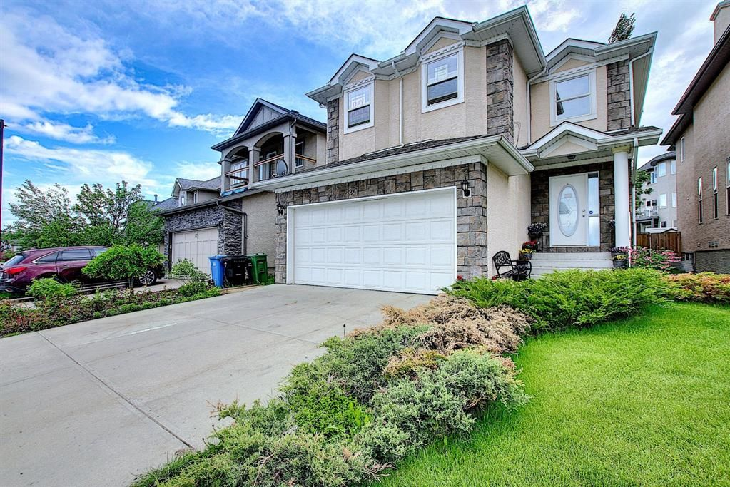 Main Photo: 21 Sherwood Parade NW in Calgary: Sherwood Detached for sale : MLS®# A1123001