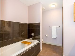Photo 19: 490 Rainbow Falls Drive: Chestermere Row/Townhouse for sale : MLS®# A1115076