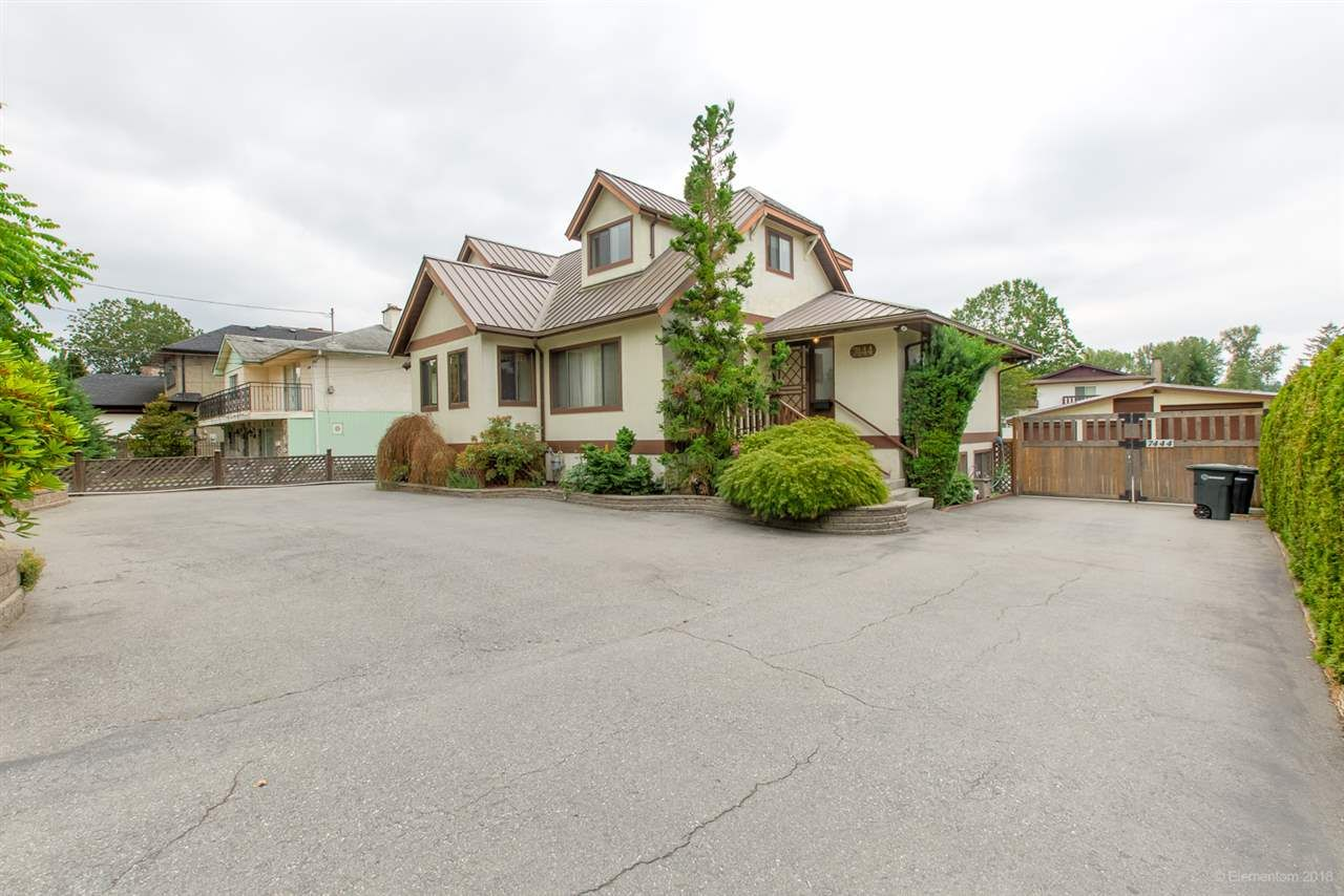 """Main Photo: 7444 GOVERNMENT Road in Burnaby: Government Road House for sale in """"Government Road Area"""" (Burnaby North)  : MLS®# R2416038"""