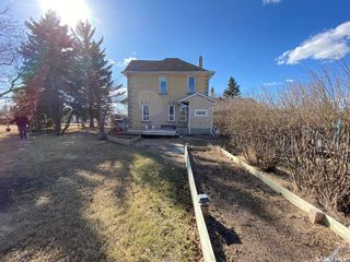 Photo 2: 304 Assiniboia Avenue in Abernethy: Residential for sale : MLS®# SK849102