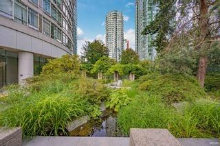 """Photo 24: 1301 1288 ALBERNI Street in Vancouver: West End VW Condo for sale in """"Palisades"""" (Vancouver West)  : MLS®# R2614069"""