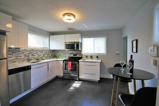 Photo 12: 98 Inkster Boulevard in Winnipeg: Scotia Heights Residential for sale (4D)  : MLS®# 202117623