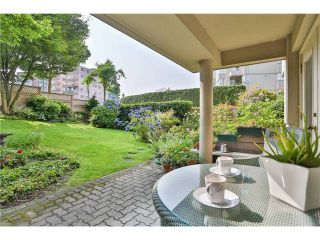 Photo 1: B3 2202 MARINE Drive in West Vancouver: Dundarave Condo for sale : MLS®# V966905