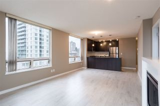 """Photo 5: 1107 39 SIXTH Street in New Westminster: Downtown NW Condo for sale in """"QUANTUM"""" : MLS®# R2371765"""