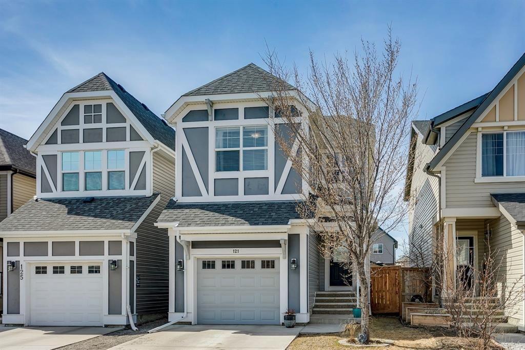 Main Photo: 121 NEW BRIGHTON Park SE in Calgary: New Brighton Detached for sale : MLS®# A1094594