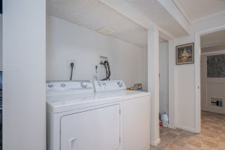 Photo 14: 2624 HEMLOCK Crescent in Abbotsford: Central Abbotsford House for sale : MLS®# R2533148