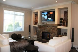 Photo 3: 17269 0A Ave in South Surrey White Rock: Home for sale : MLS®# F1423384