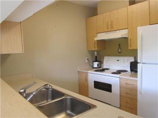 """Photo 11: 217 3588 CROWLEY Drive in Vancouver: Collingwood VE Condo for sale in """"NEXUS"""" (Vancouver East)  : MLS®# V1028847"""