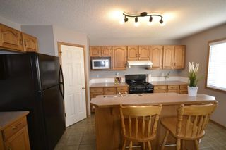 Photo 2: 202 Arbour Stone Rise NW in Calgary: Arbour Lake Detached for sale : MLS®# A1136884