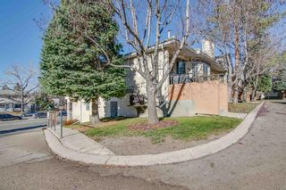 Main Photo: 40 Richelieu Court SW in Calgary: Lincoln Park Row/Townhouse for sale : MLS®# A1155645