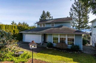 """Photo 2: 2258 MOUNTAIN Drive in Abbotsford: Abbotsford East House for sale in """"Mountain Village"""" : MLS®# R2543392"""