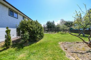 Photo 10: 519 Pritchard Rd in : CV Comox (Town of) House for sale (Comox Valley)  : MLS®# 874878