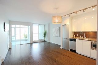Photo 2: 1117 161 W GEORGIA STREET in Vancouver: Downtown VW Condo for sale (Vancouver West)  : MLS®# R2502361