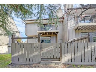 Photo 1: 905 3240 66 Avenue SW in Calgary: Lakeview House for sale : MLS®# C4088638