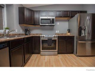 Photo 5: 8 Chokecherry Cove in WINNIPEG: St Vital Residential for sale (South East Winnipeg)  : MLS®# 1527645