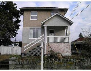 """Photo 1: 933 10TH ST in New Westminster: West End NW House for sale in """"HOUSE"""" : MLS®# V568429"""