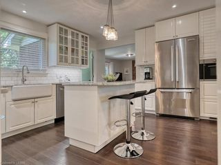 Photo 12: 7 DUNSMOOR Road in London: South M Residential for sale (South)  : MLS®# 40131975