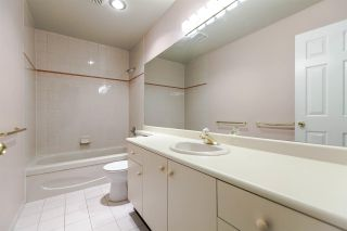 """Photo 15: 202 5885 OLIVE Avenue in Burnaby: Metrotown Condo for sale in """"THE METROPOLITAN"""" (Burnaby South)  : MLS®# R2125081"""
