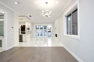 Photo 13: 5515 ARGYLE Street in Vancouver: Knight House for sale (Vancouver East)  : MLS®# R2353399